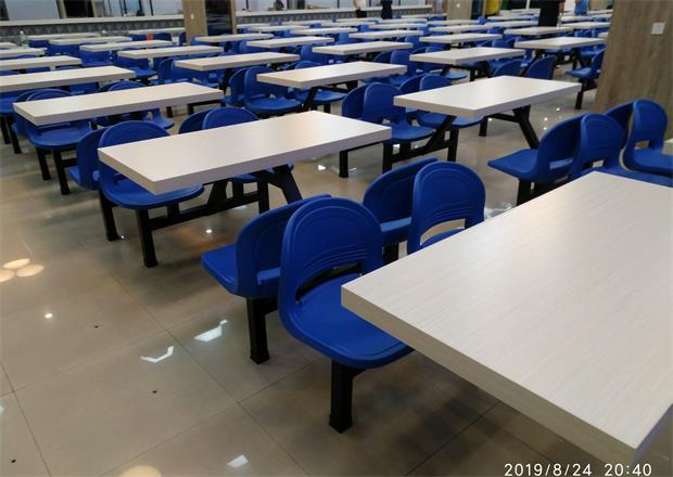 成都职业技术学院食堂餐桌椅
